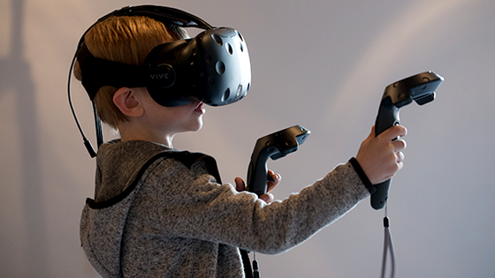 Animarket a Game Day, Game a VR zone