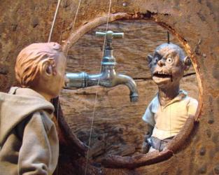 The Little Man / Divadlo b (puppet theatre)